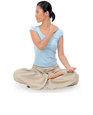 肩と首のコリを改善するブレイン体操