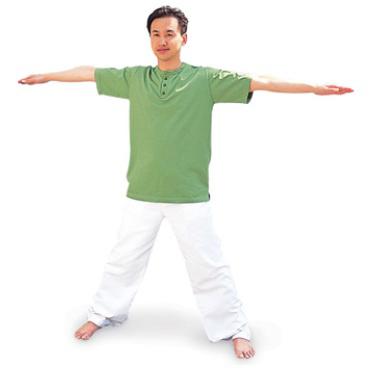 骨盤のゆがみに注意!イルチブレインヨガの「足の甲に触れる体操」